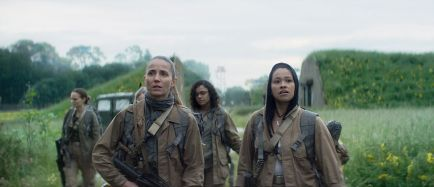 Natalie-Portman-in-Annihilation-Movie-Stills-natalie-portman-41052828-1200-518
